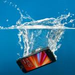 スマートフォン、タブレットを濡らしてしまった時の対処方法